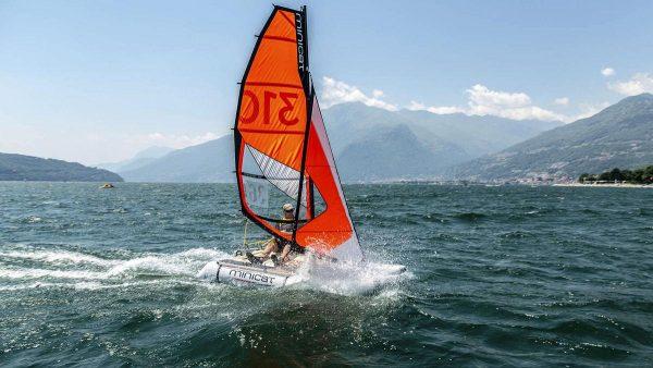 MiniCat, Un catamaran transportable grâce à ses coques gonflables